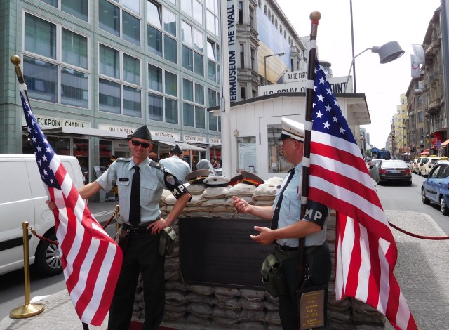 Fake American soldiers at Checkpoint Charlie